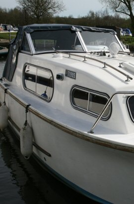 Windows refurbished by Boat Window Repairs